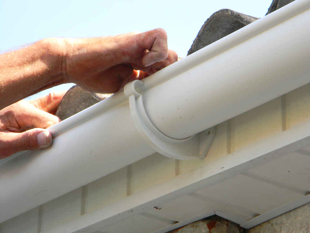 installation-of-gutters